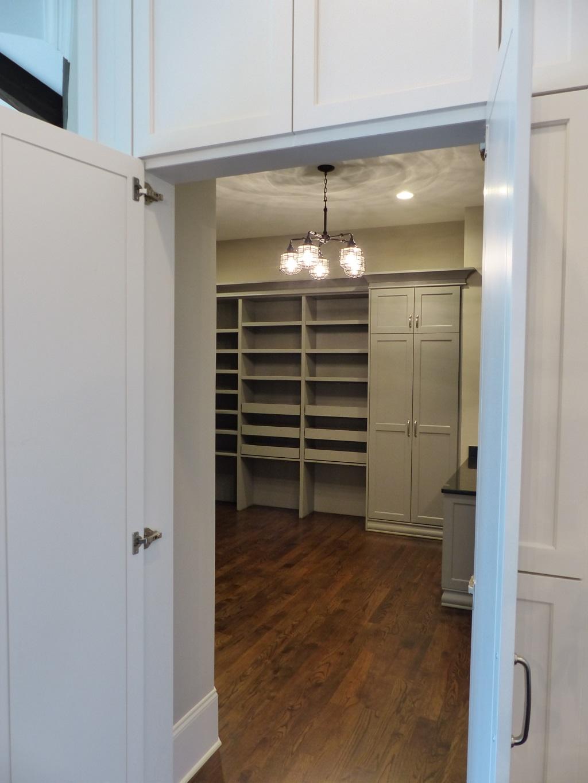 pantry-entry3